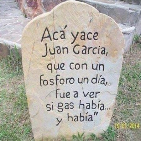 Aqui Yace Juan Garcia Imagen Graciosa