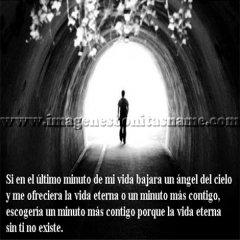 Caminando Por Un Tunel