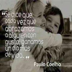 Frase De Paulo Coelho El Abrazo